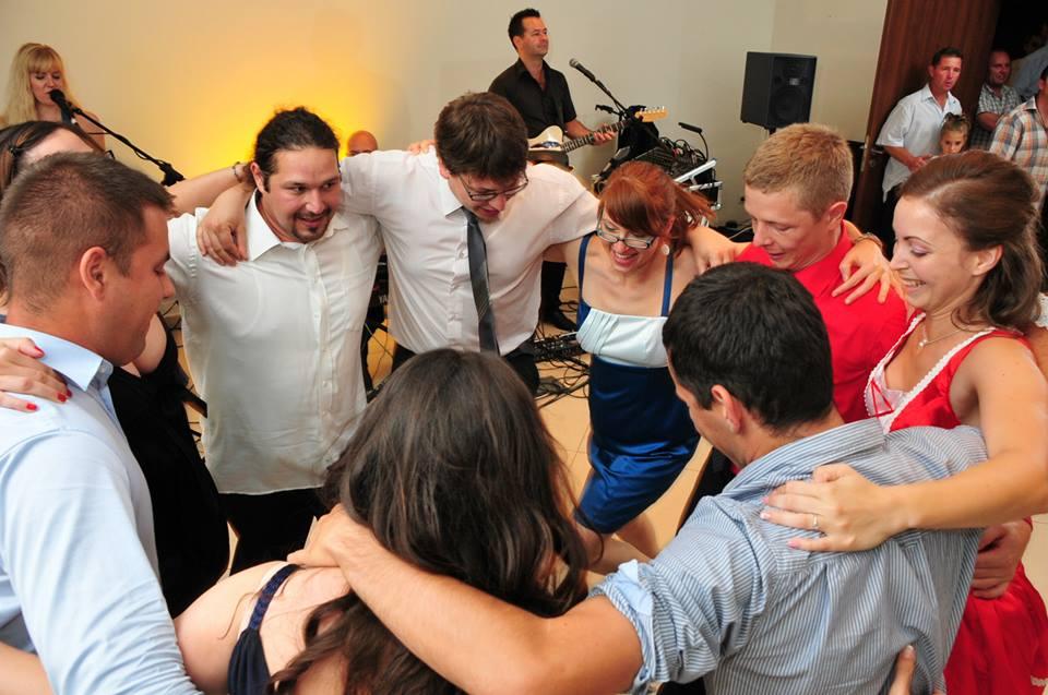 Partyzenekar Esküvői Zenekar